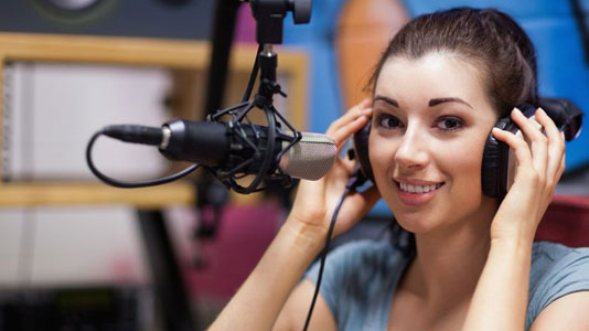 Exploring  the benefits of bilingual radio drama
