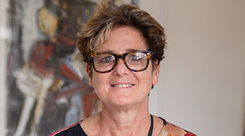 Acclaimed artist Rachel Gadsden, London South Bank University (LSBU) Honorary Doctor.