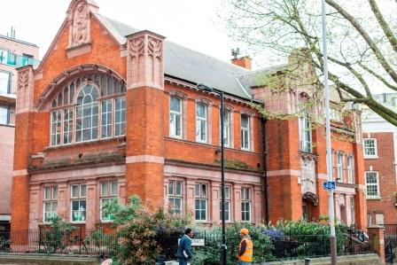 Passmore Edwards Library on London Road