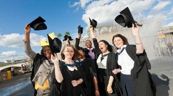 Lsbu Celebrates Graduating Students London South Bank